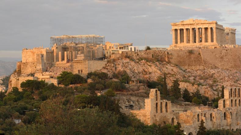 greece heart of western civilization Greece has been referred to as the heart of western civilization, implying that all western society stems from the accomplishments of a handful of city.